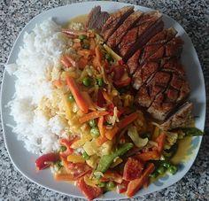 Teriyaki Chicken, Wok, Spaghetti, Beef, China, Inspiration, Chicken Fillet Recipes, Chef Recipes, Asian Cuisine