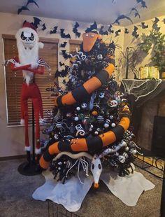 Items similar to Zero tree skirt Nightmare Before Christmas on Etsy Halloween Christmas Tree, Casa Halloween, Halloween Home Decor, Outdoor Halloween, Diy Halloween Decorations, Halloween Crafts, Happy Halloween, Xmas, Halloween Yard Art