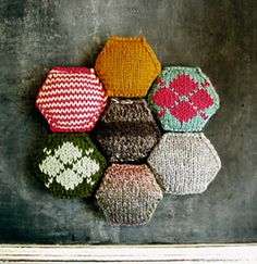 the makings of a knitted quilt