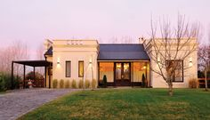 Modern and traditional country house in Argentina Future House, My House, Studios Architecture, Living Styles, House Layouts, Small House Plans, Home Deco, My Dream Home, Exterior Design
