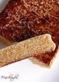 Tojásnugát - Turrón de yema Bread, Food, Essen, Breads, Baking, Buns, Yemek, Meals
