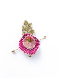H.P.DECO  CORAL & TUSK |Brooch boutonniere