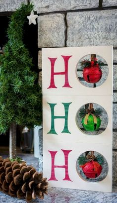 Christmas is just round the bend. Of course, you want to start off the season with some festive Christmas decorations … Christmas Wood Crafts, Pallet Christmas, Christmas Decorations For The Home, Colorful Christmas Tree, Christmas Signs, Christmas Projects, Christmas Home, Holiday Crafts, Christmas Holidays