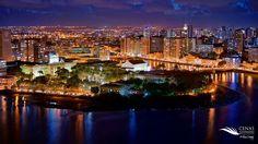 Magnífica visão do Centro do Recife à noite! Belíssimo!!! #Recife. Estado de Pernambuco, Brasil.