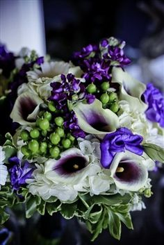 @Diane Lincoln maybe there is a way to incorporate the purple calla lillies into the girls' bouquets too?!