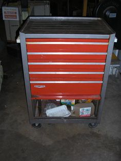 Craftsman Heavy Duty Tool Chest - good example, doesn't have to be 100% exact