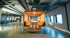 ING - Verrijdbare vergaderunit met 12 zitplekken, geheel volgens Het Nieuwe Werken. Pipe Furniture, Design, Canoe
