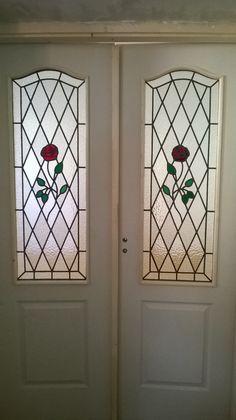 Rózsás beltéri ajtó