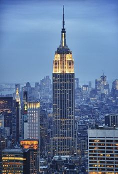 Via 11 Places to Visit in New York - Empire State Building