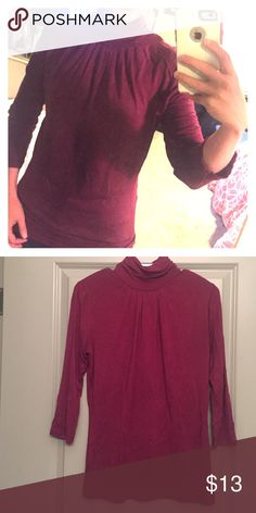 Banana Republic burgundy 3/4 sleeve turtleneck 95% rayon 5% spandex. In good condition Banana Republic Tops Blouses