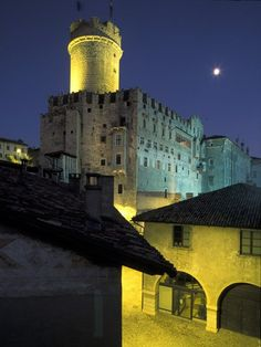 Castle in Trento, Italy. Trento is an Italian city located in the Adige River valley in Trentino-Alto Adige/Südtirol. It is the capital of Trentino. In the century the city was the location of the Council of Trent. Hotel Amalfi, Amalfi Coast Hotels, Turin, Places To Travel, Places To See, Rome, Chateau Medieval, Milan, Regions Of Italy