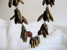 // 1930s Seed Pod Necklace