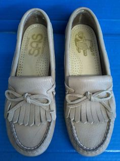 b7f0f650e6b9 Details about Genuine SAS Womens Leather Handsewn Loafers Shoes Sz 7N    37.5 EU Soft Step Heel