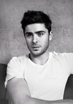 Zac Efron : Flaunt Magazine, son photoshoot sexy !