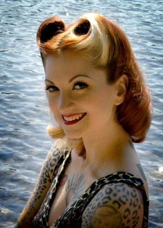 pin up girl hair, victory rolls, liberty rolls, 40s hairstyle, Cherry Dollface