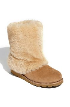 0214f16a778 115 Best Fuzzy boots images in 2015 | Fuzzy boots, Slipper boots ...