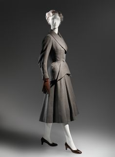 Charles James (American, born Great Britain, 1906–1978). Suit, 1948. The Metropolitan Museum of Art, New York. Brooklyn Museum Costume Collection at The Metropolitan Museum of Art, Gift of the Brooklyn Museum, 2009; Gift of Arturo and Paul Peralta-Ramos, 1955 (2009.300.199a–d) #CharlesJames