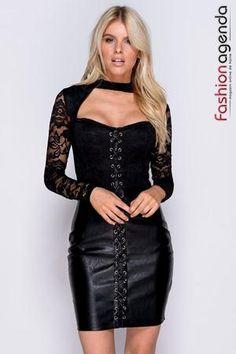 Rochie Caya Black - - rochie scurta din piele ecologica de culoarea neagra- partea superioara este croita din dantela si are maneci lungi - bustul este buretat- rochia are un model insiretat in partea din fata si se incheie cu un fermoar la spate- o combinatie sublima intre dantela delicata si pielea ecologica sexy iti