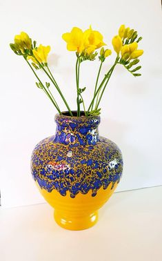 Bekijk dit items in mijn Etsy shop https://www.etsy.com/nl/listing/594772628/bright-glazed-es-keramik-vase-west