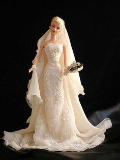 I knew barbie gowns could drape properly. Barbie Bridal, Barbie Wedding Dress, Wedding Doll, Barbie Gowns, Barbie Dress, Barbie Clothes, Wedding Dresses, Barbie E Ken, Barbie Doll