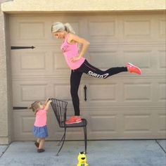 8 Mom-Friendly Workout Vines You'll Love
