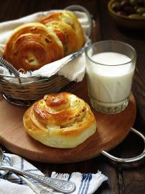 Baking Recipes, Dessert Recipes, Desserts, Bulgarian Recipes, Bulgarian Food, Bread And Pastries, Glass Of Milk, Food To Make, Bakery