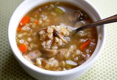 Mushroom Barley Soup Here Are 21 Healthy Fall Soups To Stock Your Freezer Chili Recipes, Soup Recipes, Cooking Recipes, Barley Recipes, Cooking Pasta, Vegetarian Soup, Vegetarian Recipes, Healthy Recipes, Vegan Soups