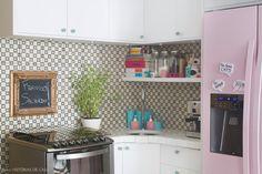 Cozinha colorida.  Fotografia: Rafaela Paoli.