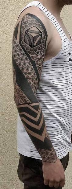 Resultado de imagem para geometric tattoo