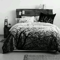 Bed idea Gothic bed, gothic bedroom