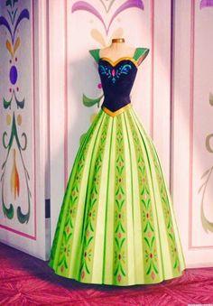 vestido de Anna (dia da coroação) - Frozen