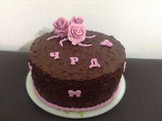 Шоколадова торта с рози