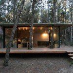 BAK arquitectos builds the casa mar azul in a dense forest - architecture house Cabins In The Woods, House In The Woods, Backyard Renovations, Casas Containers, Forest House, Glass House, Modern Architecture, Future House, House Styles