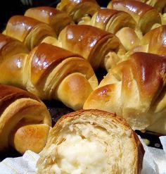 κρουασανακια με κρέμα Croissant, Pretzel Bites, Bread, Cookies, Baking, Food, Crack Crackers, Crescent Roll, Bakken