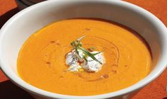 Chilled Carrot Soup with Yogurt and Tarragon Lunch Recipes, Dinner Recipes, Healthy Recipes, Recipe For 8, Jambalaya Recipe, Carrot Soup, Yams, Air Fryer Recipes, Yogurt