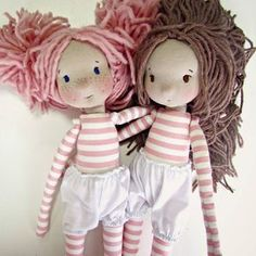 Love striped fabric for long johns - dress or skirt can go on top Pretty Dolls, Cute Dolls, Beautiful Dolls, Guys And Dolls, Girl Dolls, Doll Crafts, Diy Doll, Sewing Dolls, Doll Tutorial
