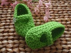 Bright lime green  Fairy Belle handmade crochet Baby Mary Janes Shoes are perfect for your little Tinkerbell!