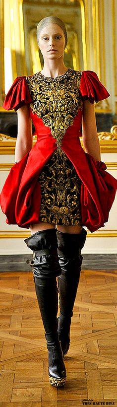 Alexander McQueen Fall 2010 | The House of Beccaria~