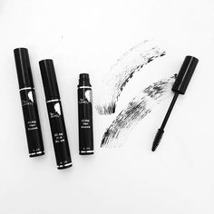 MAGIC WAND - No harsh makeup removers are needed to remove our All-day Flexi Mascara! Just warm water and gentle pressure will do the trick! #amazing #magic #thinlizzybeauty #mascara #beauty