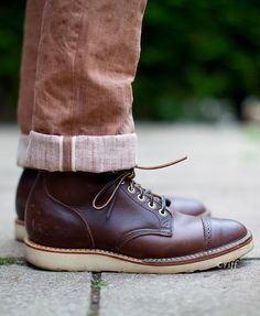 Riff boot and great natural salvage denim Yep! I need these boots. Me Too Shoes, Men's Shoes, Shoe Boots, Dress Shoes, Mens Fashion Blog, Men's Fashion, Fashion Shoes, Best Shoes For Men, Dapper Gentleman