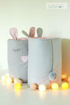 Kosz na zabawki - SZARACZEK Fabric Storage, Diy Storage, Girl Room, Baby Room, Cotton Ball Lights, Baby Sheets, Bedroom Crafts, Baby Store, Diy Pillows
