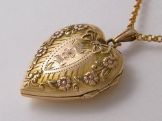 10K Solid Gold Locket Antique Gold Locket by AntiqueLockets