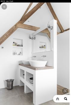 Bad Inspiration, Bathroom Inspiration, Interior Styling, Interior Design, Attic Design, Home Interior, Home Design, Attic Bathroom, Bathroom Small