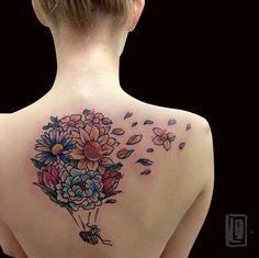 Mongolfioriera #airballoontattoo #tattoo #alternative #sketchtattoo #abstracttattoo #thinkbeforeuink #tattooed #tattooer #tattooersubmission #tattooartist #TattooistArtMagazine #lucabraidottitattoo #coldstreet