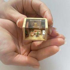 Mini loft in New York Miniature Rooms, Miniature Crafts, Miniature Houses, Cute Crafts, Diy And Crafts, Paper Crafts, Resin Crafts, Resin Art, Mini Craft