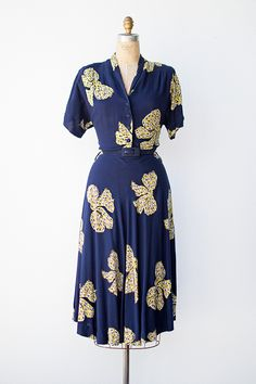 vintage 1940s navy blue novelty buttons bows print dress
