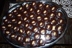 Vynikajúce koláčiky - odkedy som tento recept objavila a vyskúšala, tak ich pečiem pravidelne nielen pre nás, ale aj na rôzne príležitostné oslavy a svadby