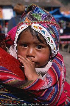 Pisac child, Peru