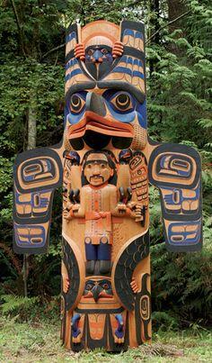 Formlines Totem Pole Tattoo, Totem Pole Art, Totem Poles, Native American Totem, Native American Indians, Totems, Arte Haida, Inuit Art, American Indian Art