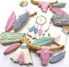 If you eat too many of these Feather Cutter cookies you might not be light as a feather anymore-but that's okay with us! These cutters create the perfect canvas for some truly beautiful and diverse de